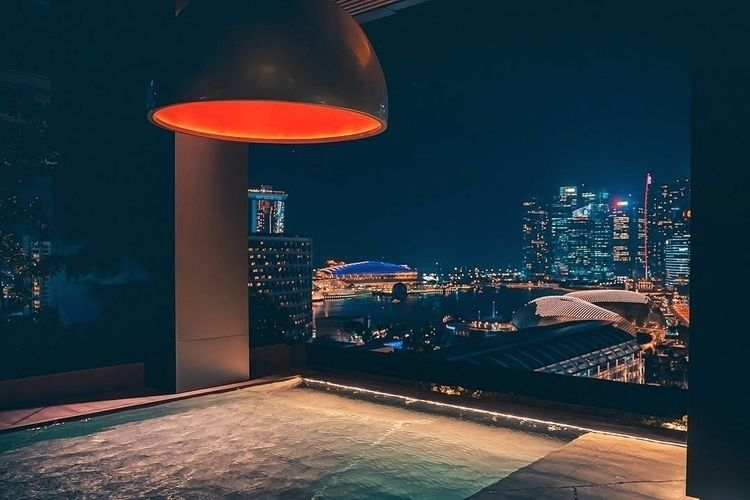 Nighttime rooftop swimming cool - fokality | ello