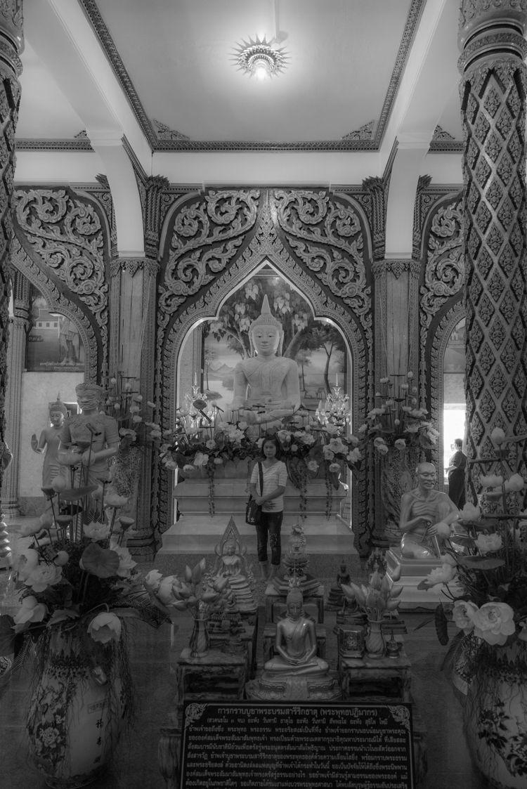 Buddha smiles Chalong - Wat, Phuket - christofkessemeier   ello