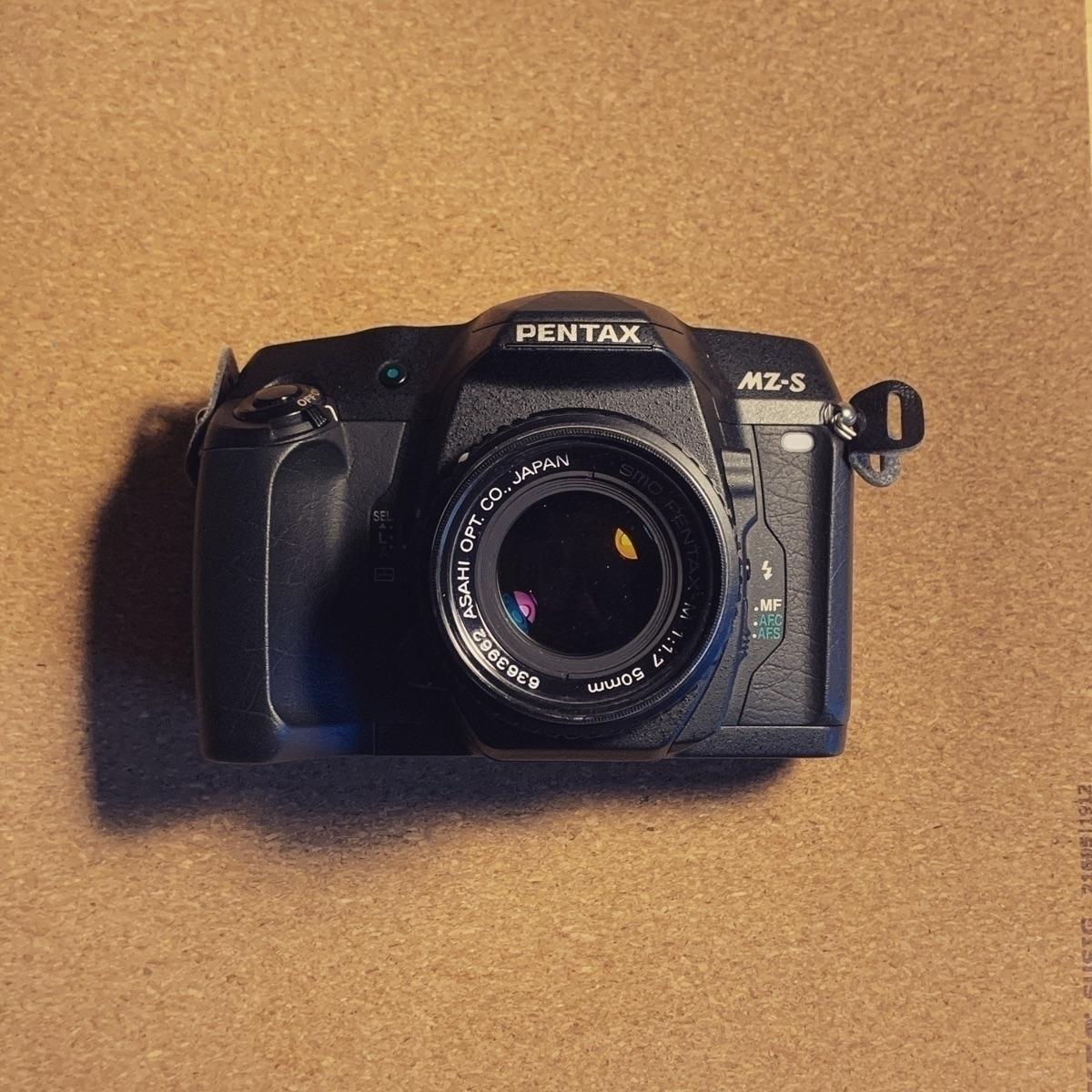 baby! professional 35mm film ca - nico_gotsis   ello