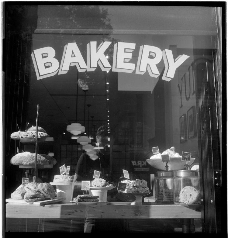 Hastings bakery window Rolleifl - kch | ello