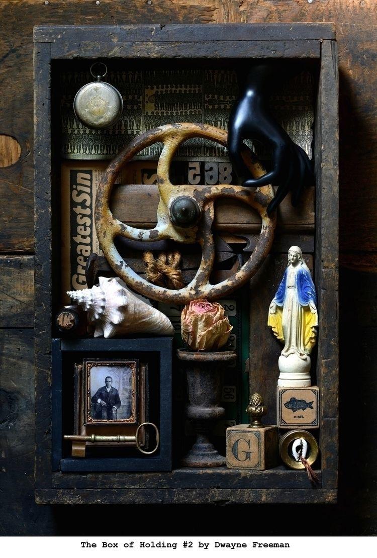 BOX HOLDING object art wood fre - dwaynefreeman | ello
