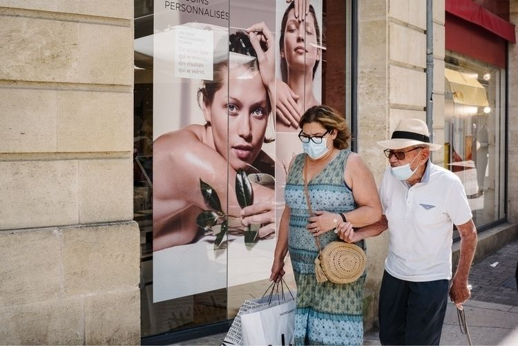 Adverts representative reality  - jeremy_tourvieille | ello