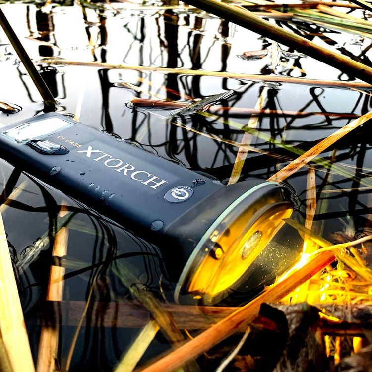 XTorch rechargeable solar-power - xtorch | ello
