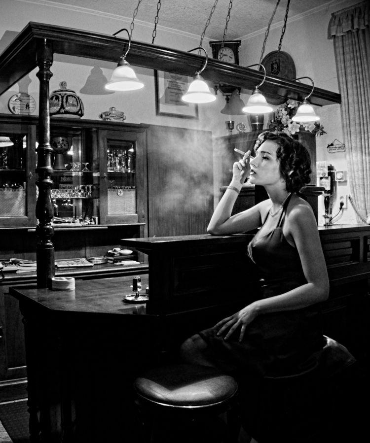 Femme Fatale Portrait - filmnoir - nymphonyx   ello