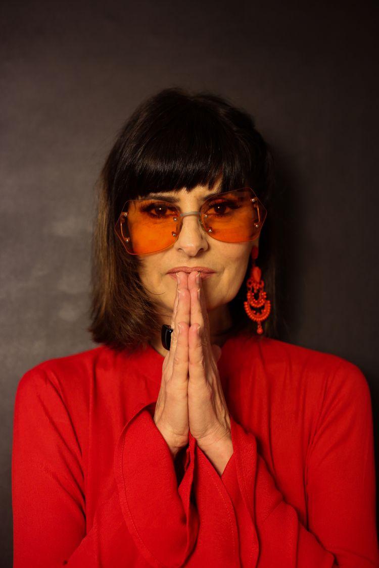 Fernanda Abreu - 2020 rights re - lizportraits | ello