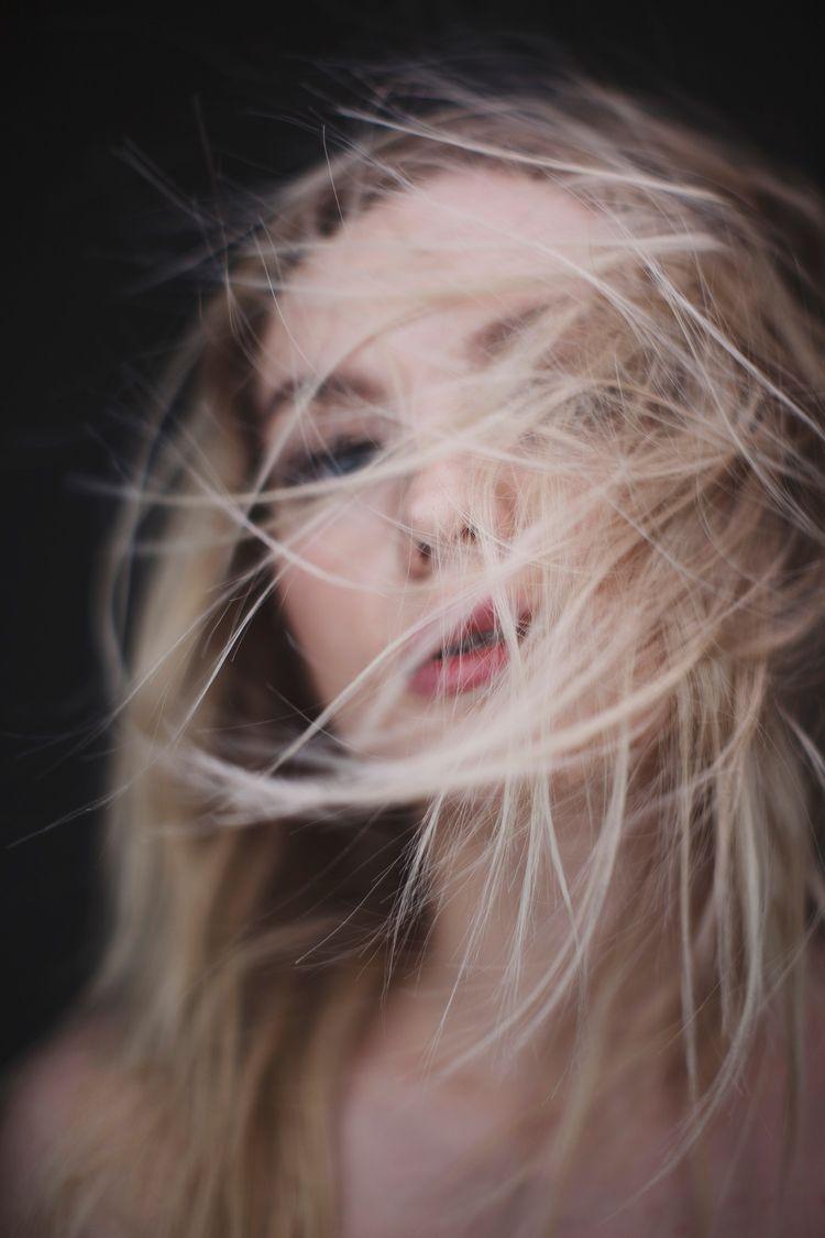 Walk wind Lashes: Tatiana Presn - zokinatif | ello