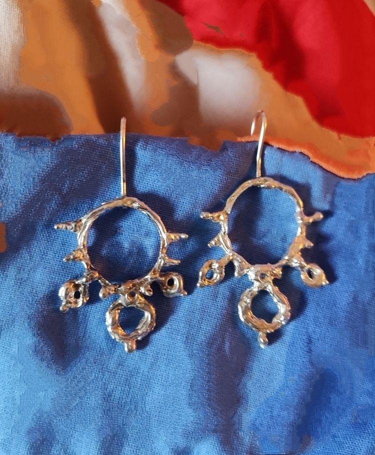 silver earrings. unique. lost w - mariaelen | ello