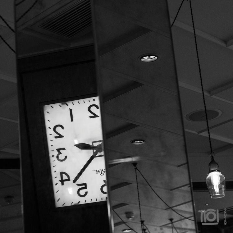 Mumbai time - paulperton | ello