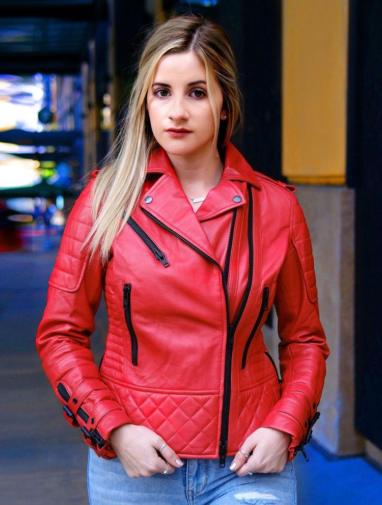 WOMENS SAVANNAH RED QUILTED MOT - fanzillajackets | ello