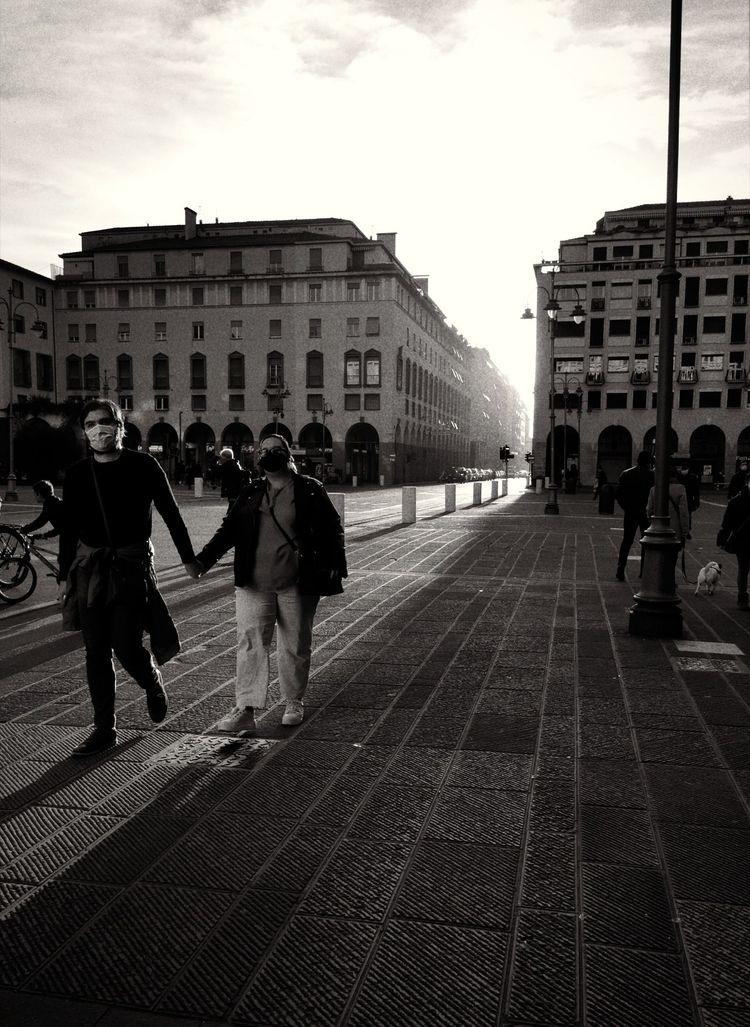 Cut perspective - livorno, streetphoto - fdetti | ello