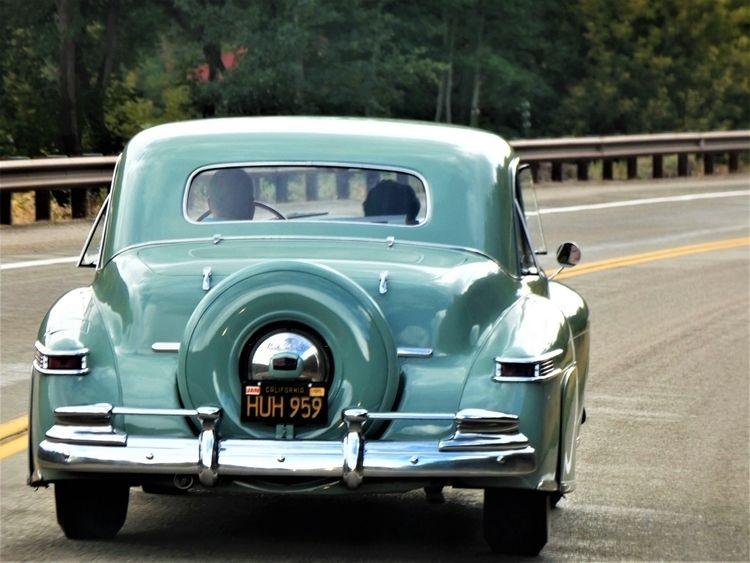 1948 Lincoln Continental V12 ?  - tessjohnstone   ello
