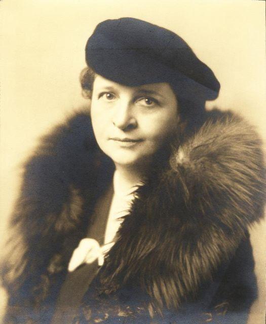 Frances Perkins girl, asked par - oldendaze   ello