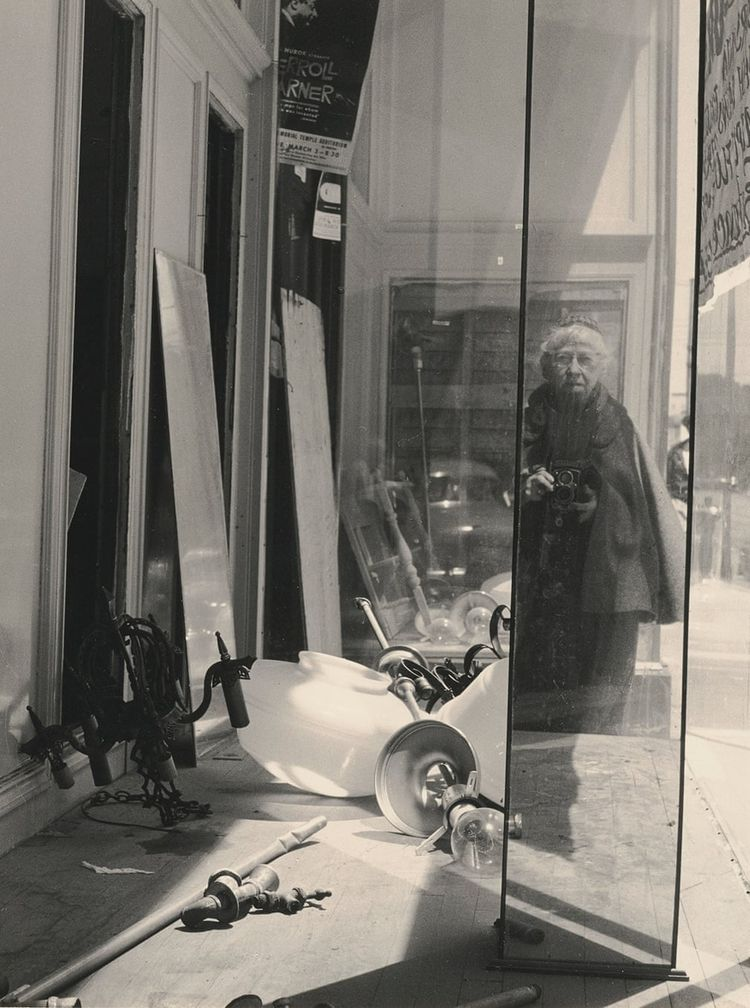 Imogen Cunningham, Geary Street - geeksusie | ello