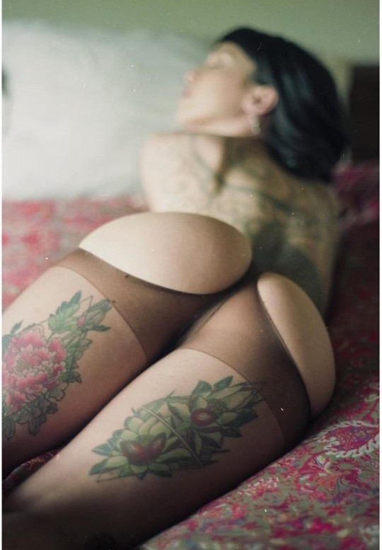 tattoo, alternative, ass, stockings - ruinedcarpet | ello