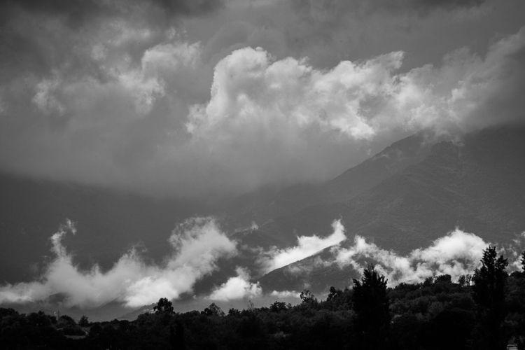 Albères mountains, France, stor - yannkerveno   ello