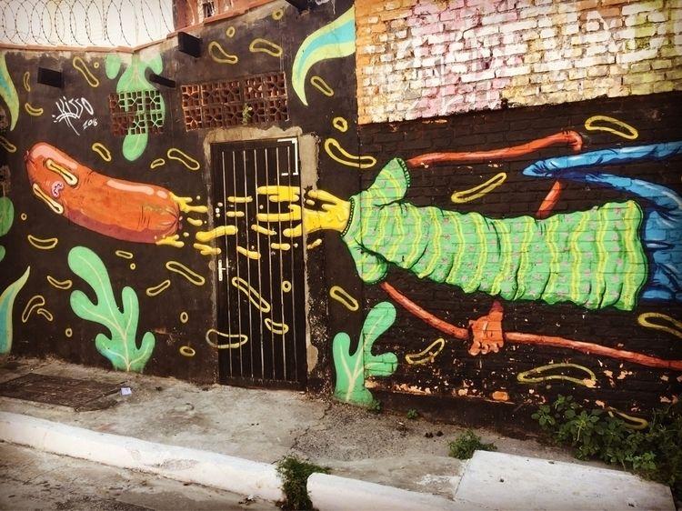 Pinheiros , São Paulo, Brasil - graffiti, - casparmenke | ello