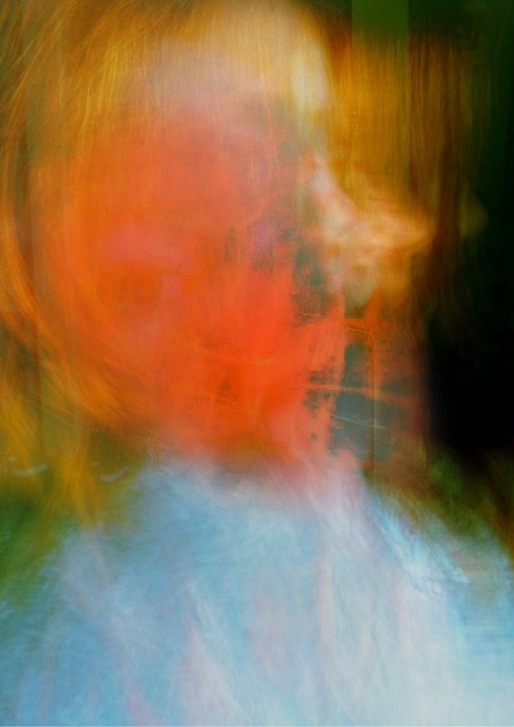 'Girl - photoexperimentalism, abstractphotography - cauriga | ello