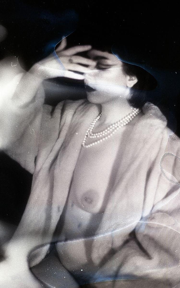 selfportrait, blackandwhite, filmsoup - aliceaffre | ello