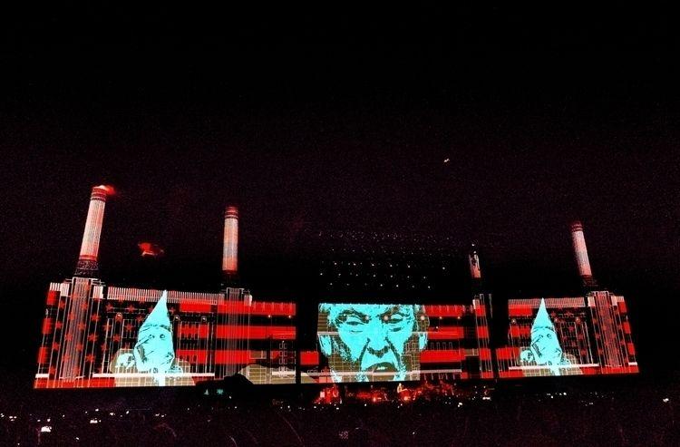 CHARADE + Roger Waters 2016 Ind - peligropictures   ello