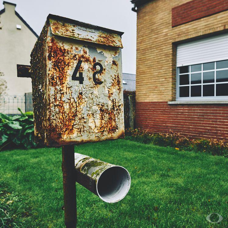 Deciding 42 48. (Mailbox Art ma - pentaxke   ello