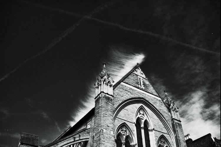 Whispering clouds London - fgalian | ello