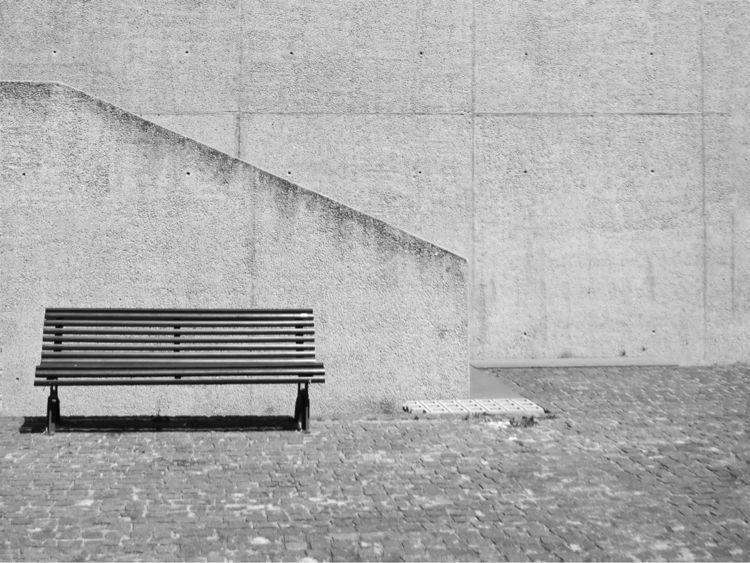 Minimal - lisboa, bench, archi, archilovers - sarah_adsst | ello
