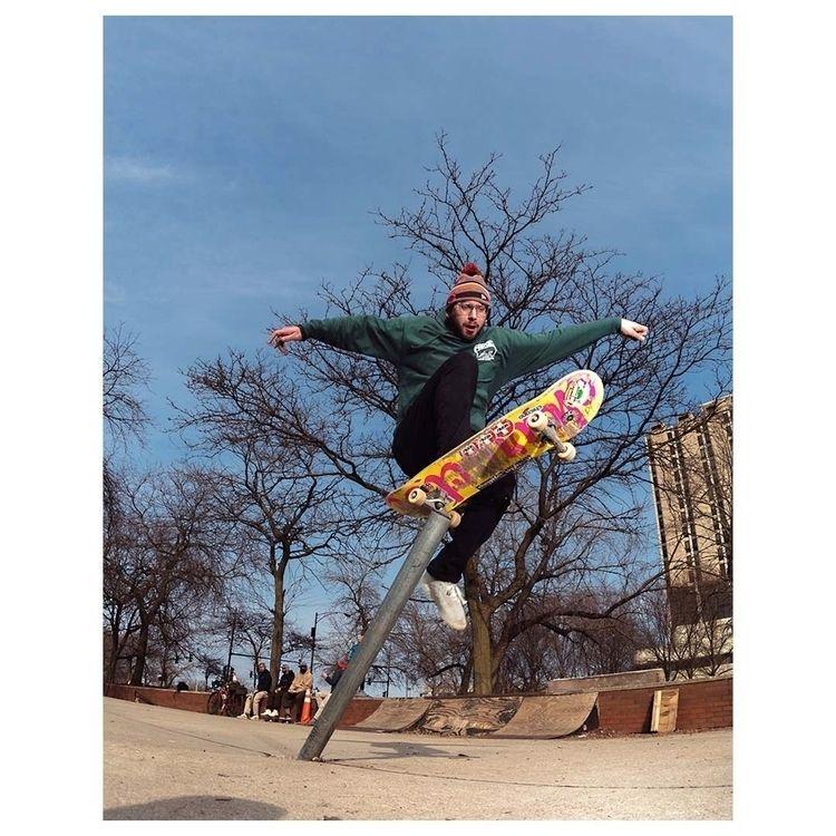 Josh Ferro comply pole jam - skateboarding - marfacapodanno | ello