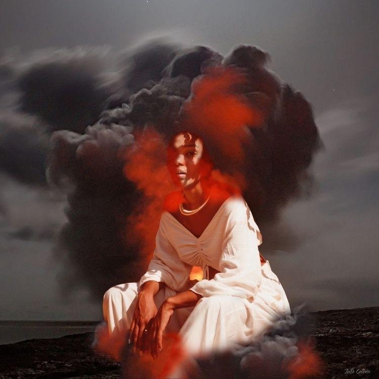 :volcano:Volcanic eruptions :fi - juliecatona | ello
