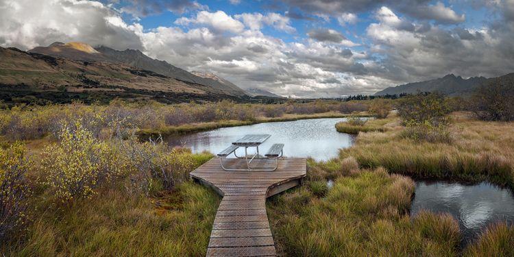 Picnic Table, Glenorchy Otago,  - peter_kurdulija | ello