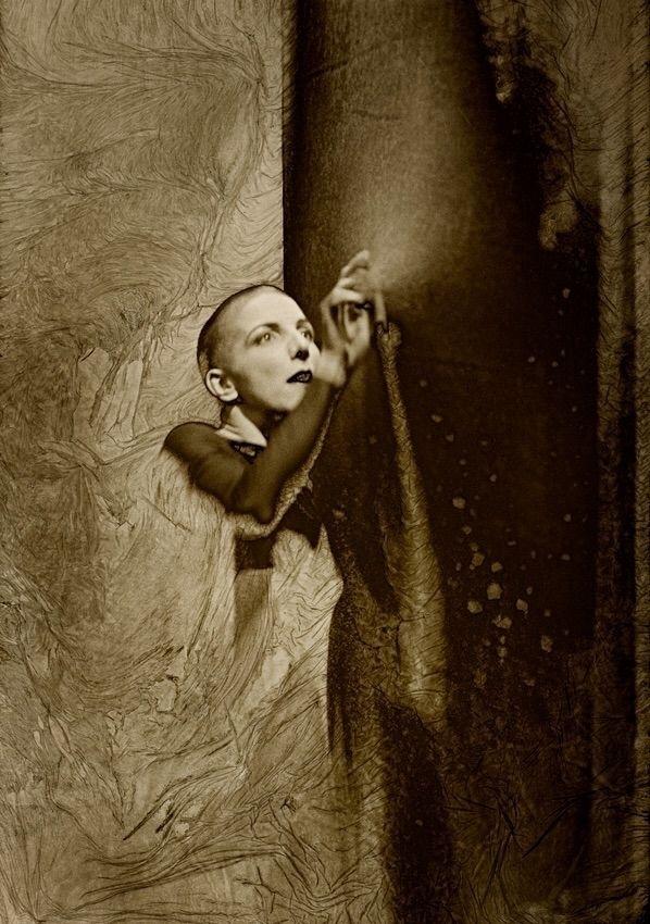 mordançage#Paris#Ilford#Foma#blackandwhitephotography#analogphotography - apostilb | ello