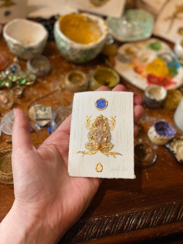 Toad - toad, art, painting, gold - alexakarabin | ello