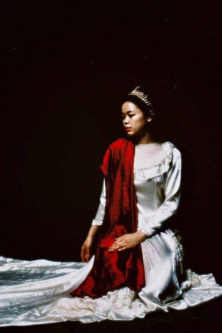 watch kingdom fall • Model: Ari - ashley_vw   ello