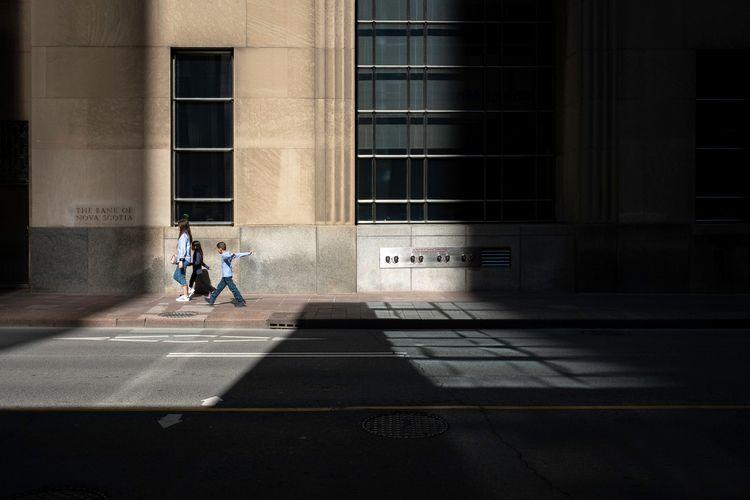 Toronto, 2021 - streetphotography - karledwards   ello