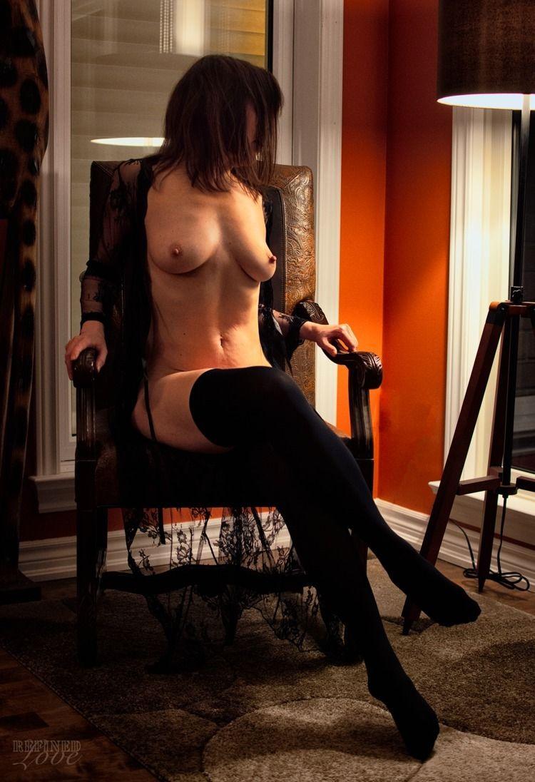 (2021 - lingerie, topless, NSFW - refined-love | ello