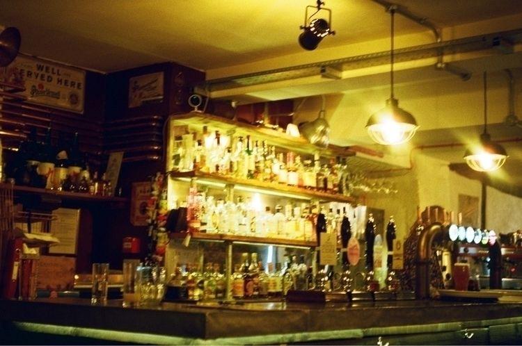 bar Bath, UK - drytissue   ello