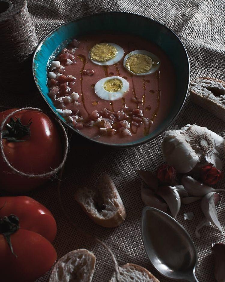 Tomato soup bread. Typical dish - marymphotography   ello