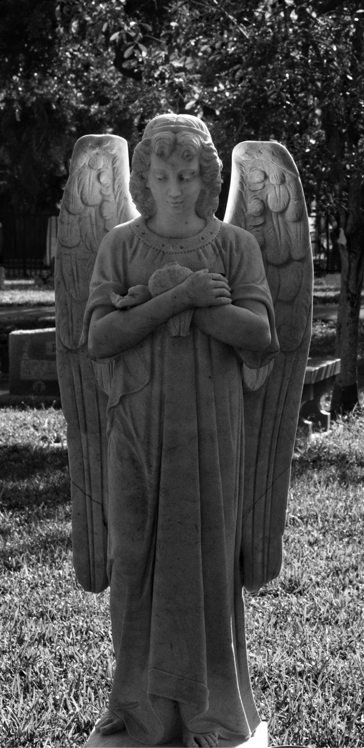 angel, cemetery, BNW, blackandwhite - johnnycash82 | ello
