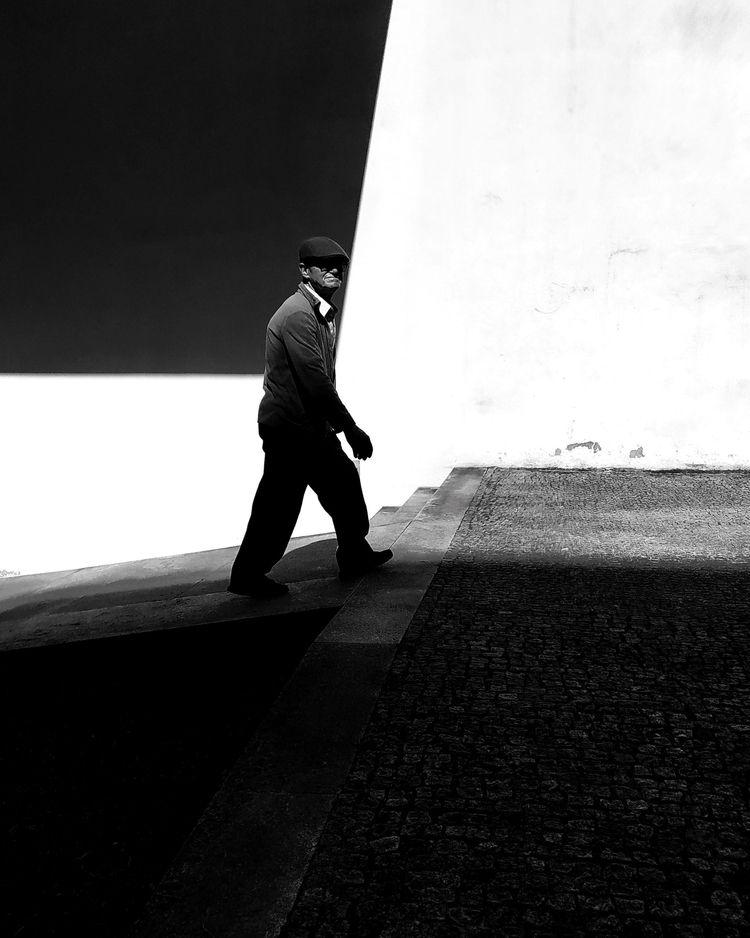 quarter - blackandwhite, streetphotography - teresaforever | ello