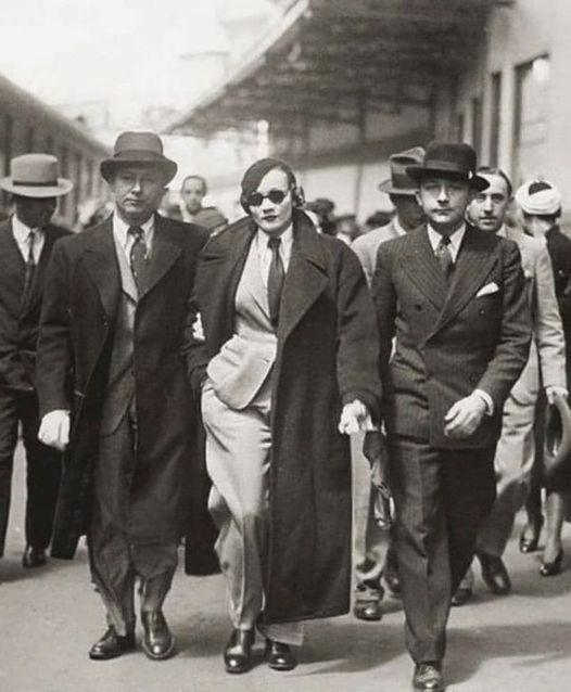Marlene Dietrich detained train - oldendaze | ello
