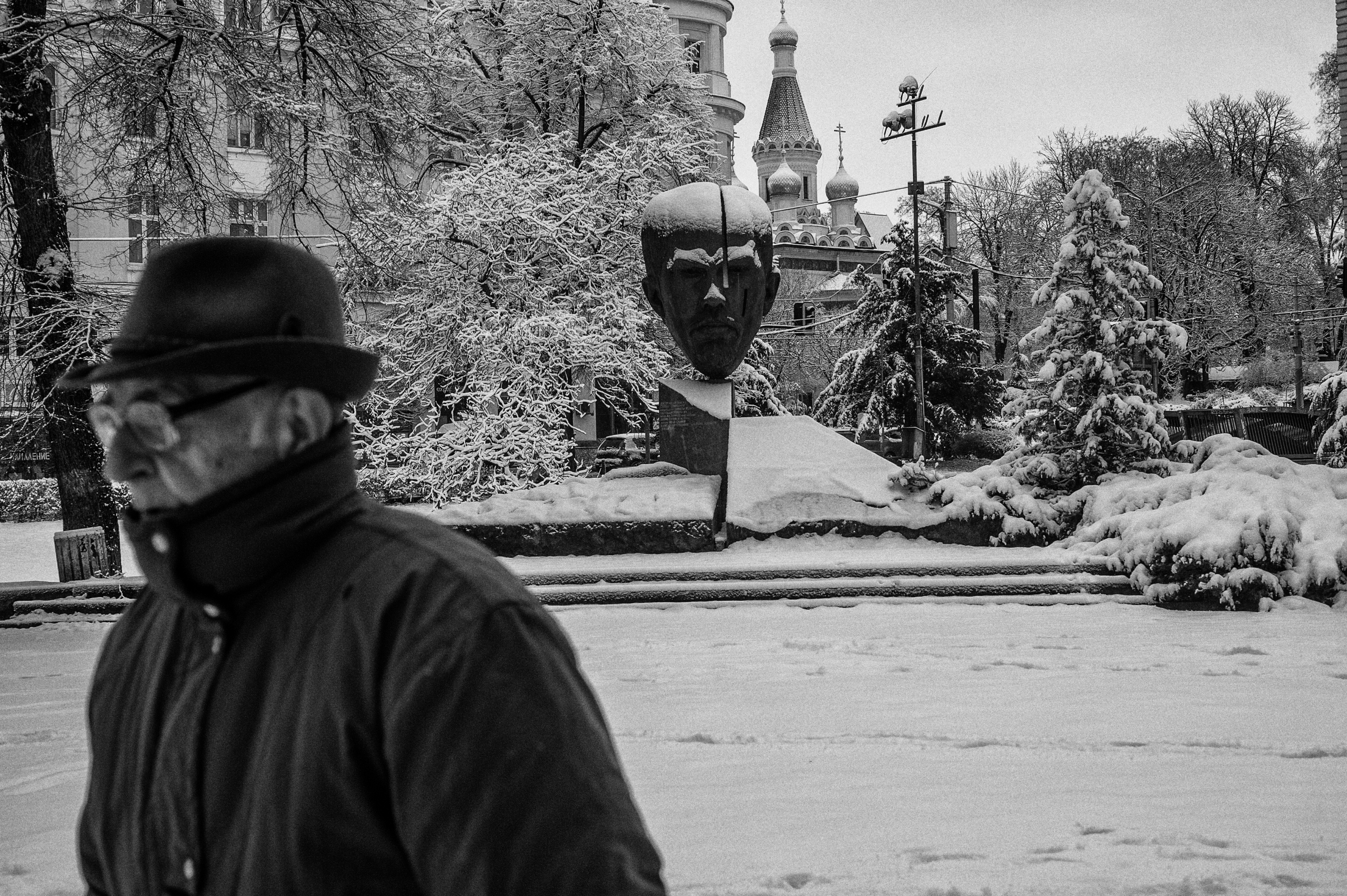 Street Photography cold winter  - wreford | ello