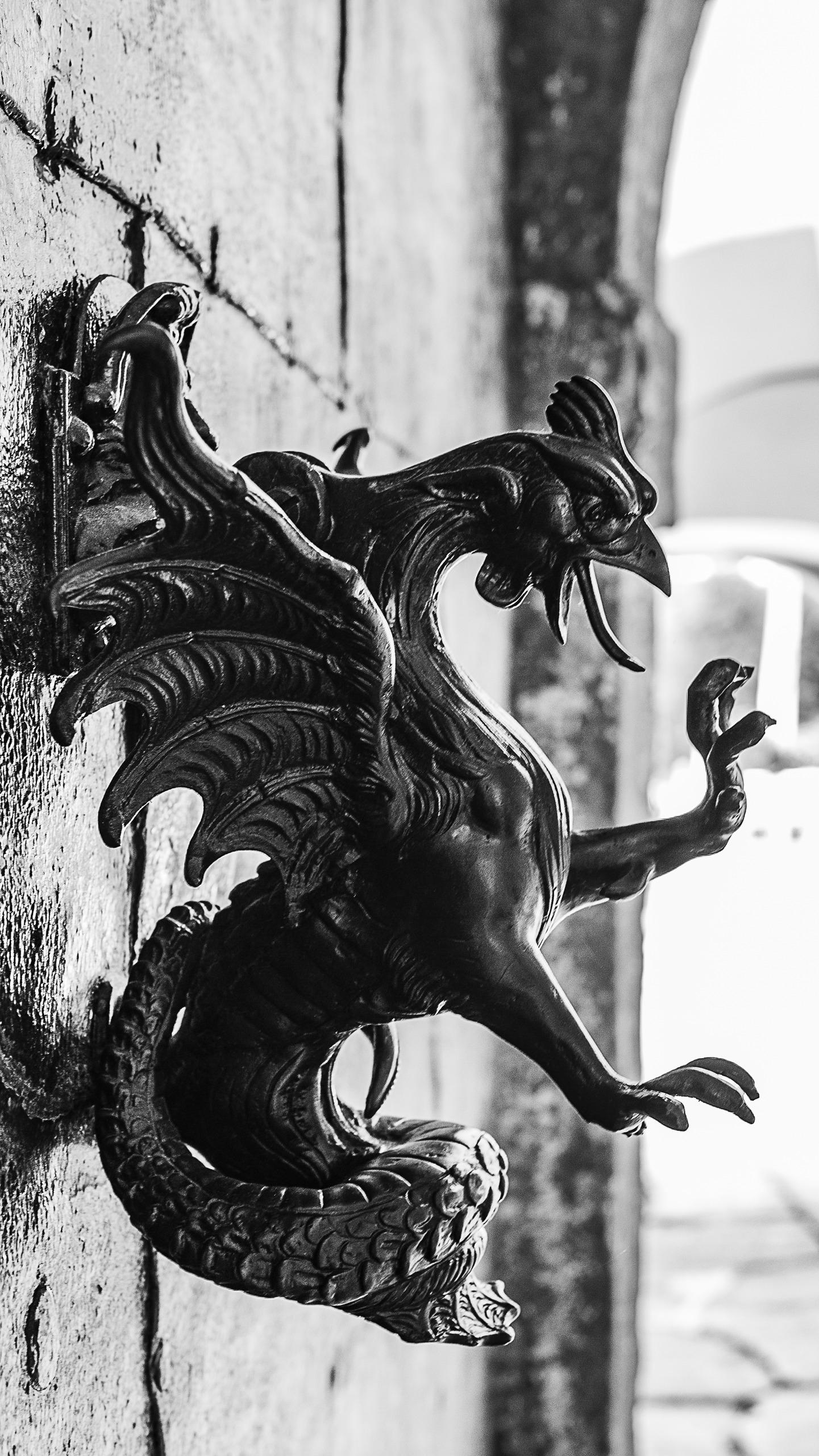 Schloss Kornberg Drache der Bur - marcstipsits | ello