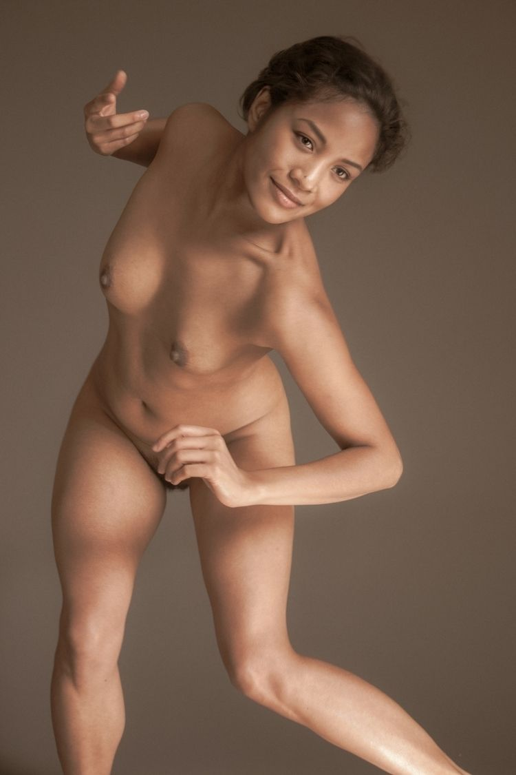Lore Unagi Glass story - Nude, artnude - unagiglass | ello