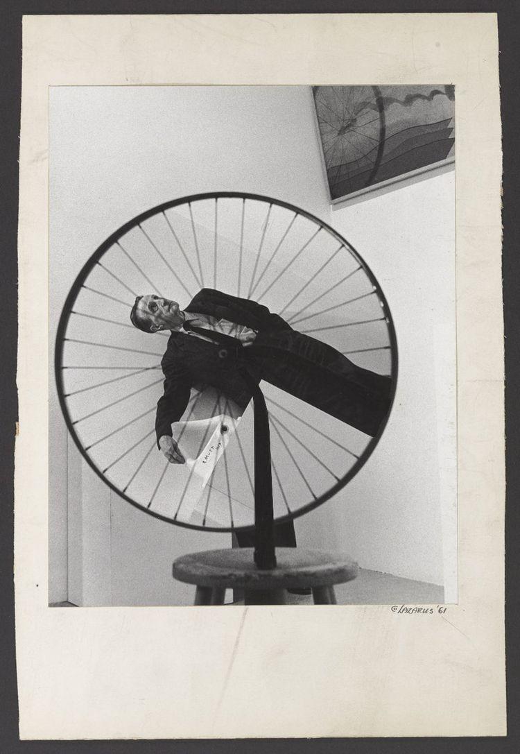Duchamp Museum Modern Art Assem - charles_3_1416   ello