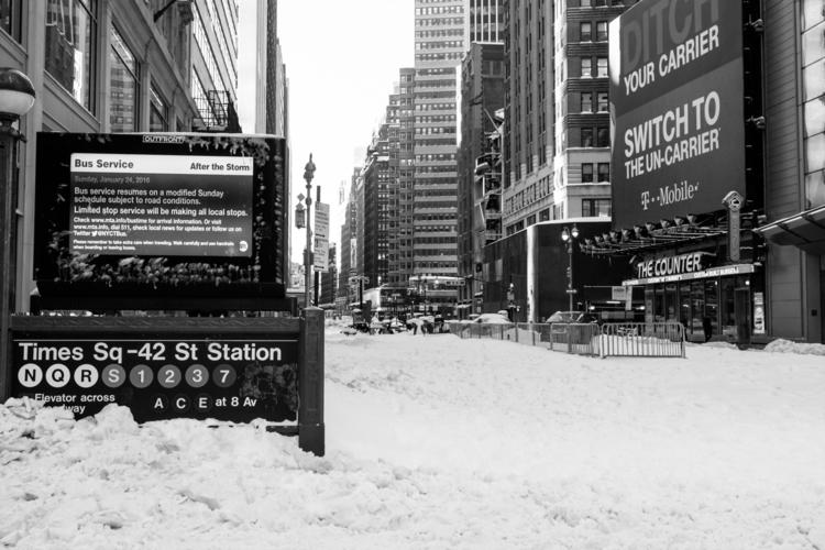 NYC-#7-BW-Street.jpg