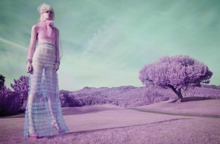 Vogue_Italia-January_2016-Marjan_Jonkman-by-Solve_Sundsbo-01.jpg