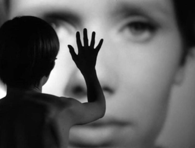 Persona. Ingmar Bergman 1966 ~ 1782457_411630982317120_1329542775_o.jpg