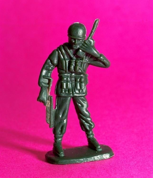 ARMY MEN-1.jpg