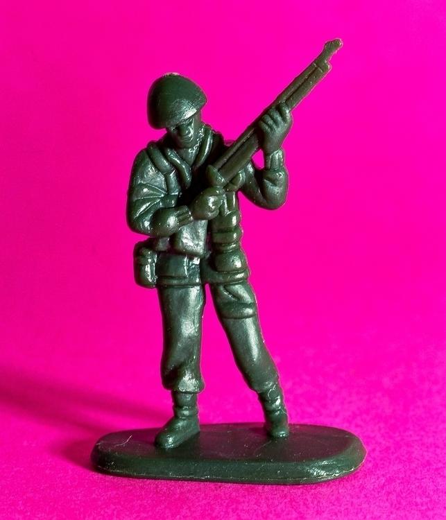 ARMY MEN-2.jpg