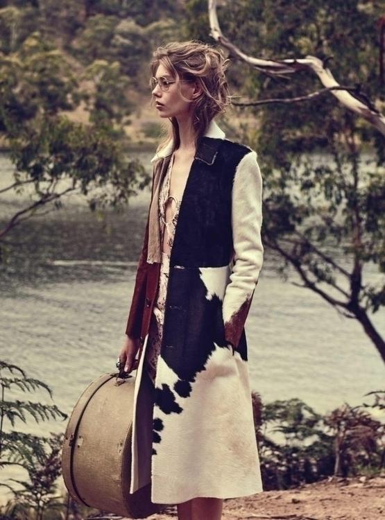 Vogue-Australia-March-2016-Ondria-Hardin-by-Will-Davidson-01se-620x838.jpg