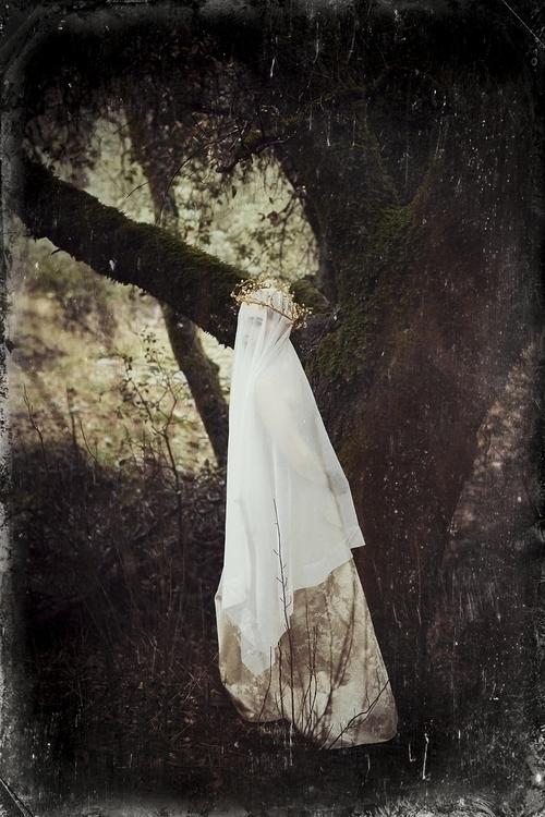 Marianna Chambard Photography Personal Work - Evianne Potts (eviannechanelmodel).jpg
